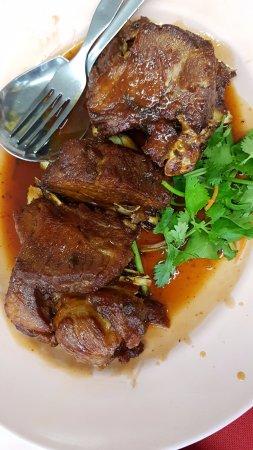 Perak, Malasia: pork ribs