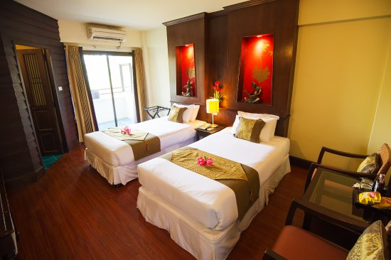 Chiang Mai Gate Hotel: Deluxe Room / twn