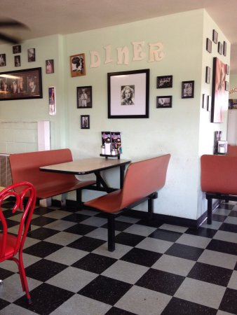 Tecumseh, Oklahoma: It is a 50's style diner