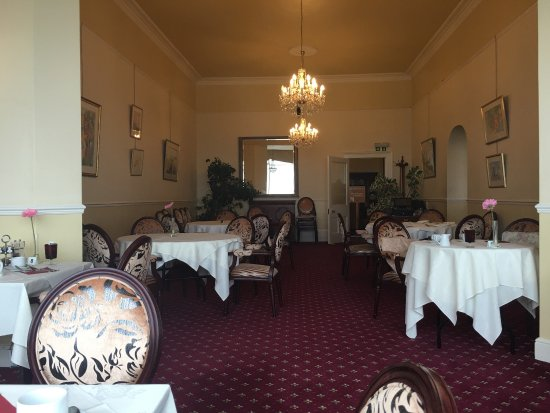The Queens Hotel: photo0.jpg