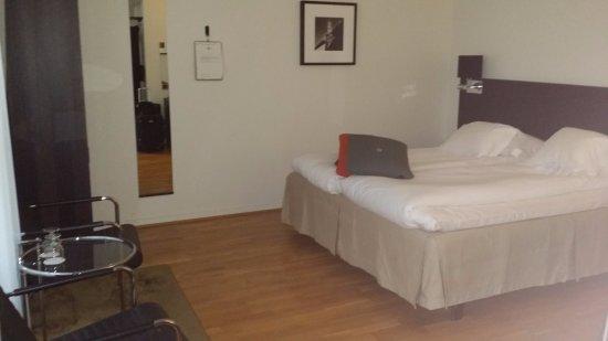 Hotel Flora: Stort, luftig dobbeltrom LARGE