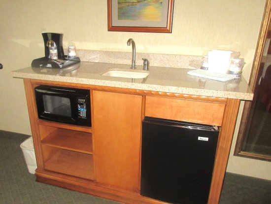 Microwave, Refrigerator, Tea Making,  Best Western Shadow Inn, Woodland, Ca