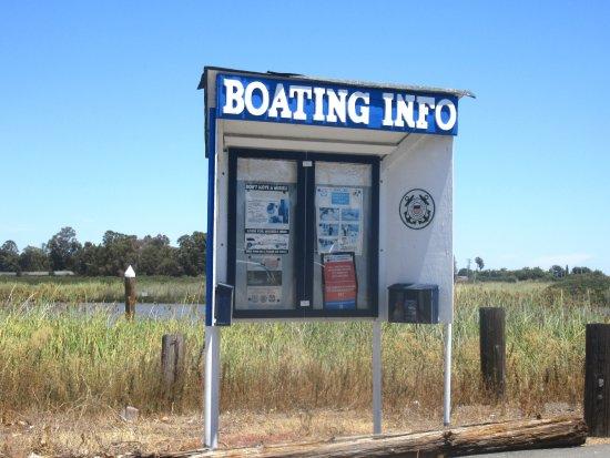 ซุยซันซิตี, แคลิฟอร์เนีย: Suisun City Marina and Boat Ramp, Suisun City, CA