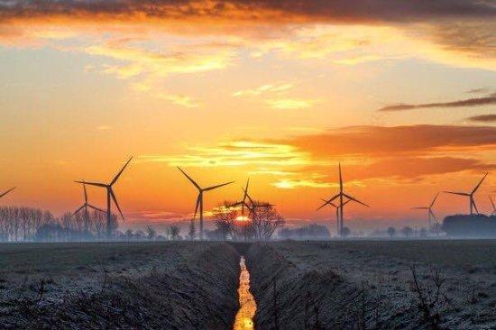 Fourwinds B&B: stunning sunsets and sunrises