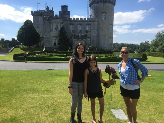 Newmarket-on-Fergus, Irlandia: Loving our stay at Dromoland Castle! Shout out to Sofie who made our stay extra special😍
