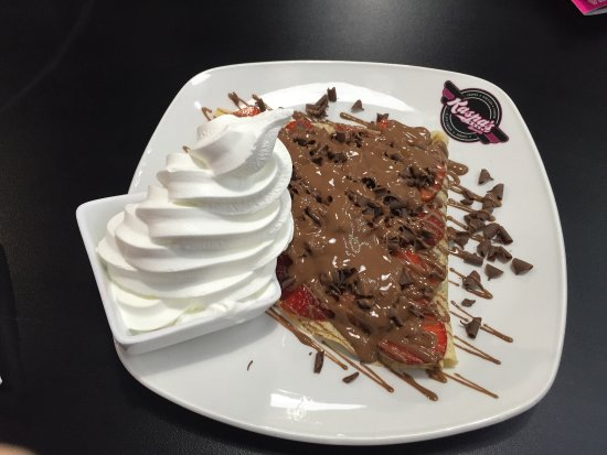 Good Desserts Loud Music Review Of Kaspas Egham England Tripadvisor