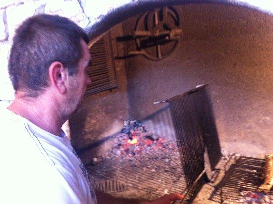 Okrug Gornji, Kroatien: Grill Chef Živko