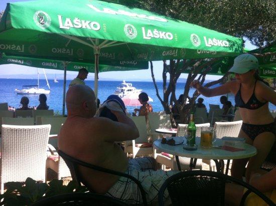 Okrug Gornji, Κροατία: Beach Bar