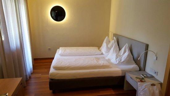 Hotel Weingut Stroblhof : 20160714_162127_large.jpg
