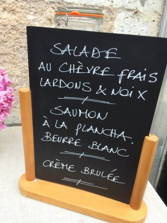 Montmoreau-Saint-Cybard照片