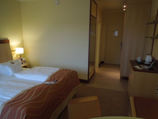 Best Western Premier Castanea Resort Hotel Photo