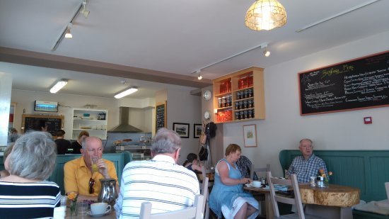 Roundstone, Irlanda: inside the Café