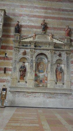 Chiesa degli Eremitani: intérieur de l'église