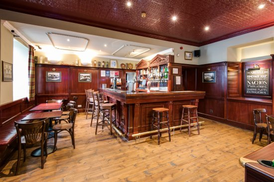 The Inveraray Inn: The Argyll Public Bar