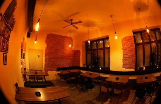 Brno, Tsjekkia: Cubana bar