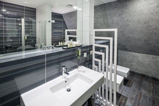 Natura Hotel Residence Business & SPA: Łazienka Apartament Lux