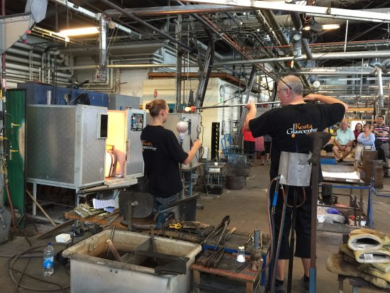 Kosta, Sverige: Artists at work