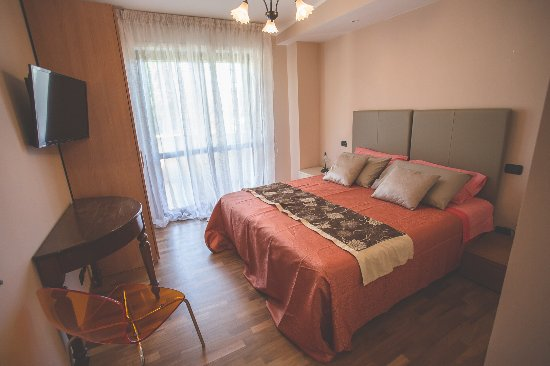 Citta Sant'Angelo, Italia: Camera arancio