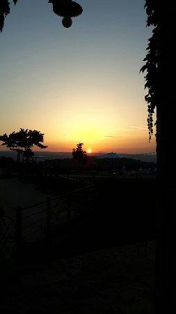 Lugnano in Teverina, Италия: 20160709_204019_large.jpg