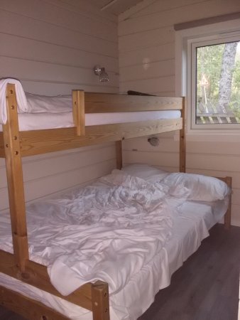 Troms, Noruega: Rooms with a bunk beds, one double bad downstairs