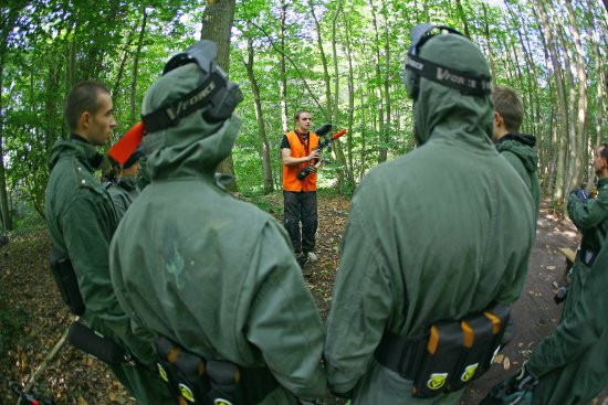 ATOMIK - Terrain de Paintball et Airsoft