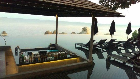 Silavadee Pool Spa Resort: Zimmer- Essen- Ausblick