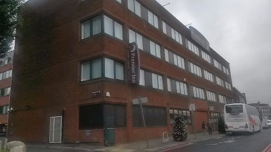 Premier Inn London Hanger Lane Hotel: Hotel