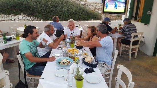 Agios Georgios照片