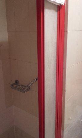 Hotel Stromboli: zona doccia