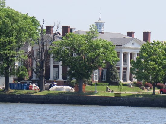 Big Houses across the water from Hains Point Picture of Hains