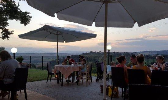 Mogliano, إيطاليا: Eating outside