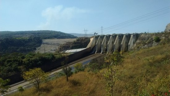Carmo Do Rio Claro: Usina de Furnas - Barragem