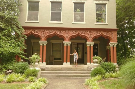 Old Louisville: Amazing homes in this area, some now apartments