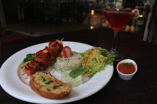 The Colony Bistro: food