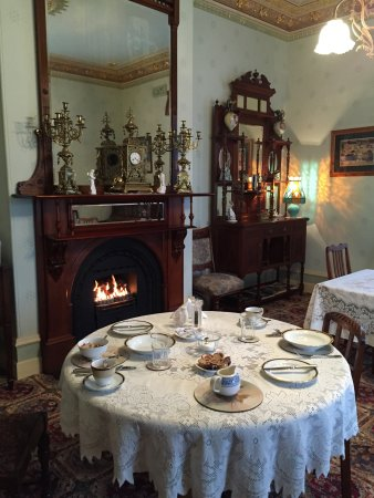 Glen Osborne House: breakfast room