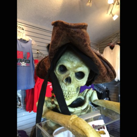 Rocky Mount, MO: Pirate Gear