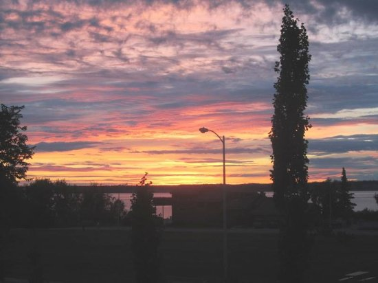 City Garden Bed & Breakfast: Sunset across Cook Bay from room 1 or 2.