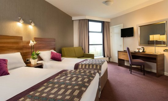 Jurys Inn Galway : Bedroom