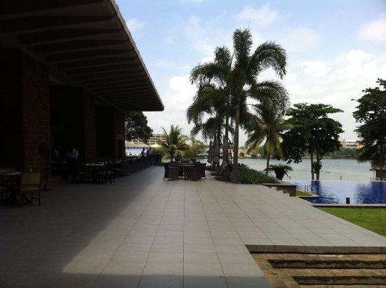 โรงแรมชินนามอน เลคไซด์: photo0.jpg