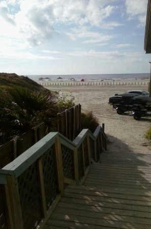 The Beach Lodge: 0719160826_large.jpg