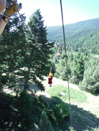 Gallatin Gateway, MT: Zip lining