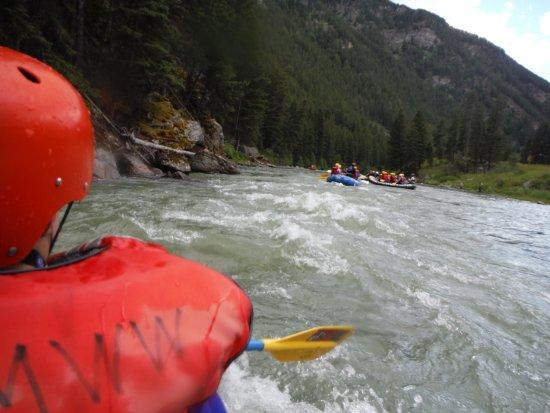 Gallatin Gateway, Μοντάνα: White Water Rafting