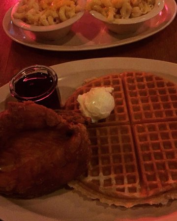 Roscoe's House of Chicken & Waffles: Carol's Special