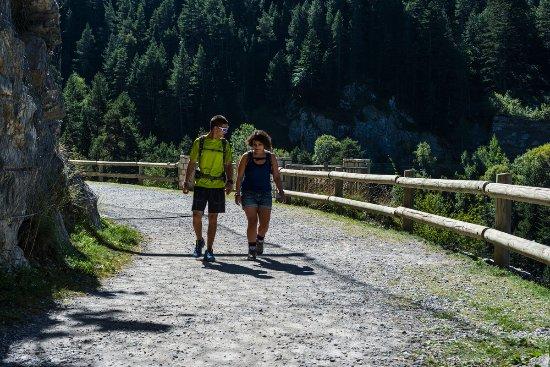 Encamp, Andorre : Camino de Les Pardines / Sentier de Les Pardines
