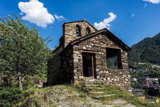 Encamp, Andorre : Iglesia San Romà de Les Bons / Église Sant Romà de Les Bons