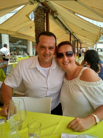Cabo de Palos, España: Un día inolvidable con unos camareros de diez