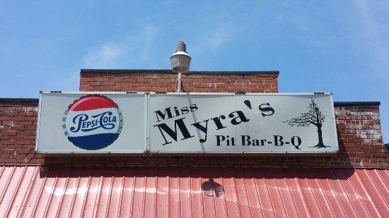 Miss Myra's Pit Bar B Q: 20160702_135120_large.jpg