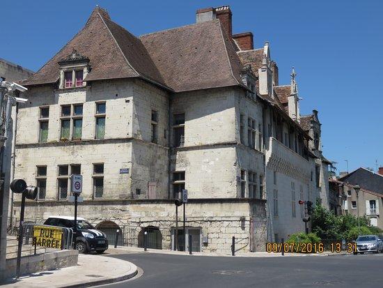 Office de tourisme de p rigueux picture of office de tourisme du grand perigueux perigueux - Office de tourisme de perigueux ...
