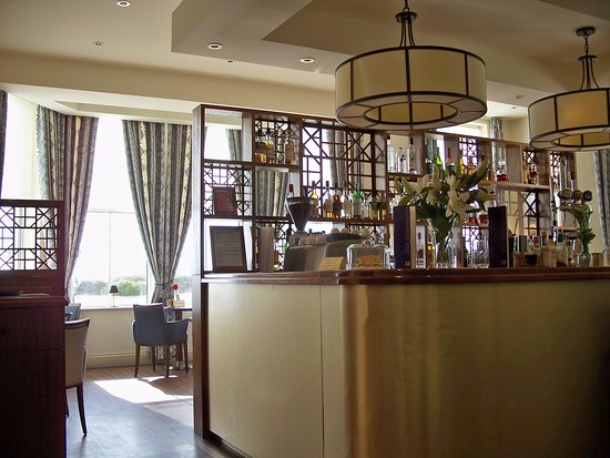 Fantastic location, beautifully decorated, some staff need training