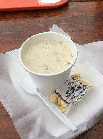 Spud Point Crab Company: Chowder